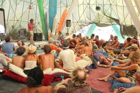 Palenque Norte in 2016 (source: https://journal.burningman.org/2016/02/black-rock-city/survive-and-thrive/doing-it-right-theme-camp-management-insights-from-camp-soft-landing/)