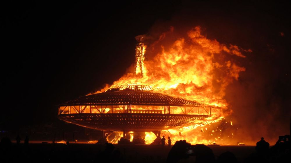 2013-Burning-Man-211-1180x664
