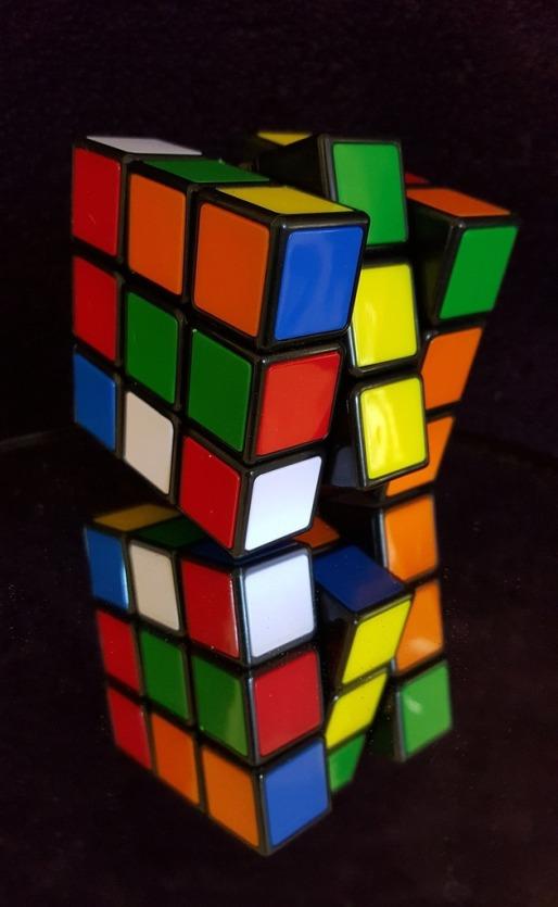 rubiks-cube-rubik-rubik-cube-7ce67c-1024